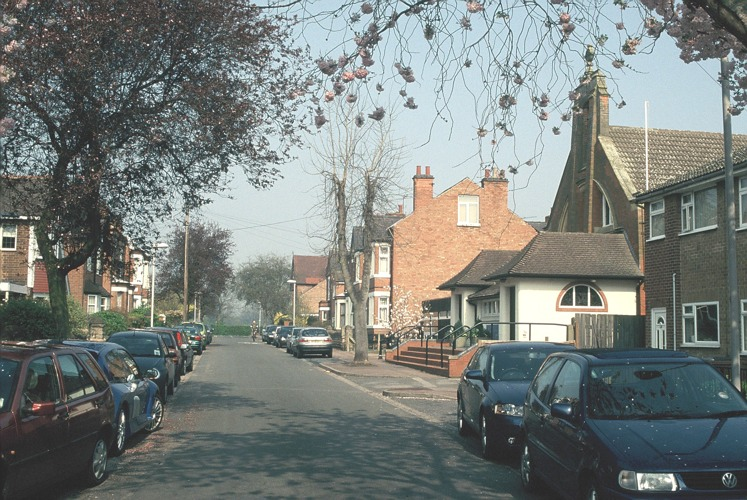Pierrepont Rd, All Hallows Church 2005