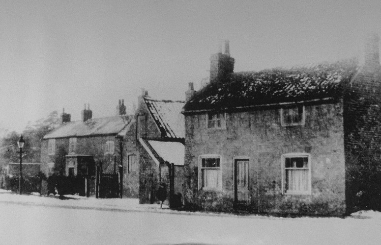 Rectory Rd, Church Farm and cottage c1900
