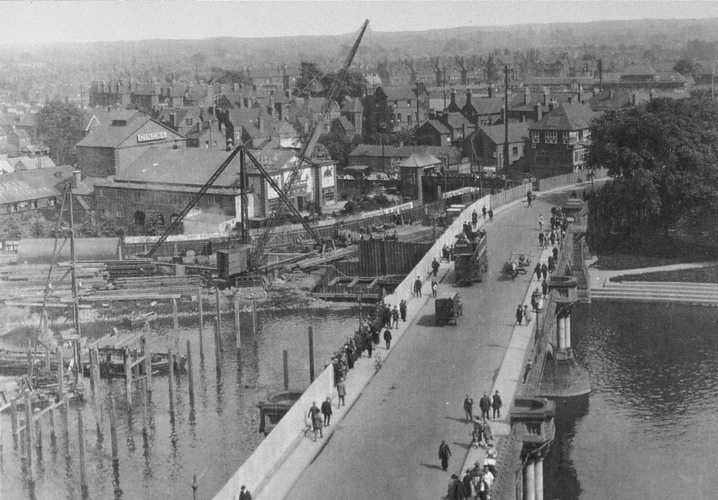 Trent Bridge, widening 1926