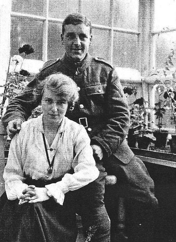 Ernest Roe and May Ogle - May 1917